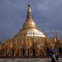 Pagode Shwedagon et son stūpa