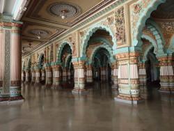 A l'intérieur du palais du Maharadja